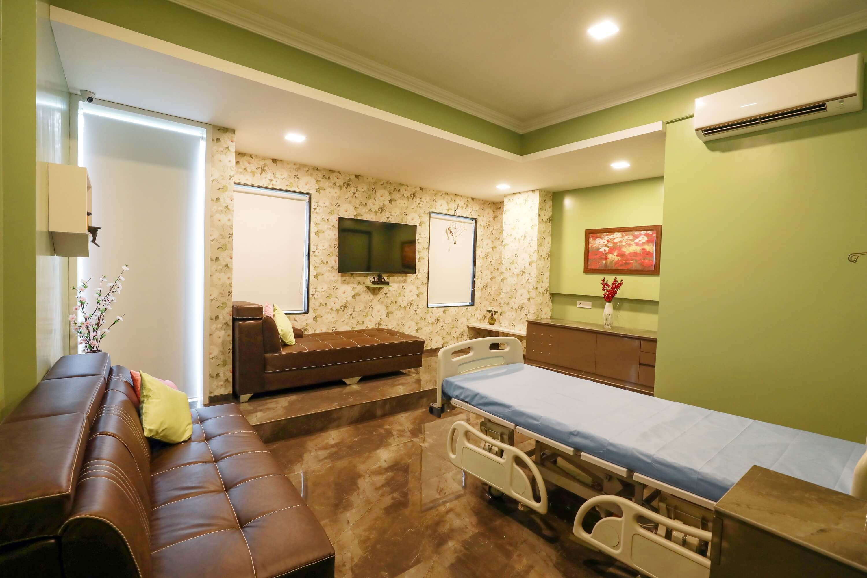 Patient Visit Room - healing hands clinic in india